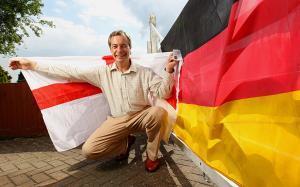 farage doppio passaporto tedesco inglese