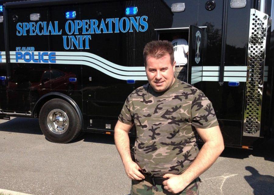 Uliks Gjonaj, istruttore SWAT e FBI