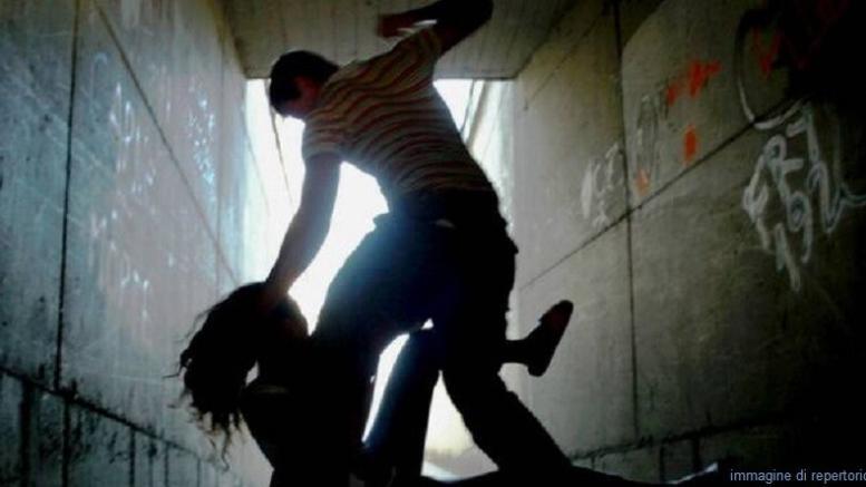 violenza milano ragazza ivoriano