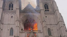 nantes incendio cattedrale volontario